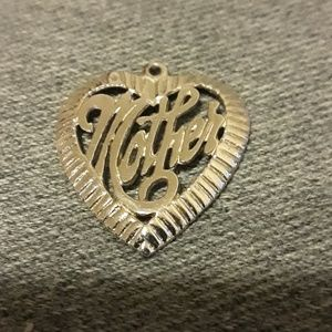 Jewelry - Sterling mother pendant